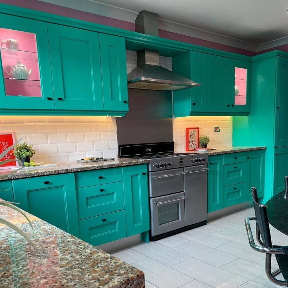 Eggshell Paint Kitchen Units Green Esmeralde Vintro